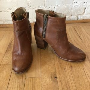 Ada Hinge Saddle Leather Block Heel Booties